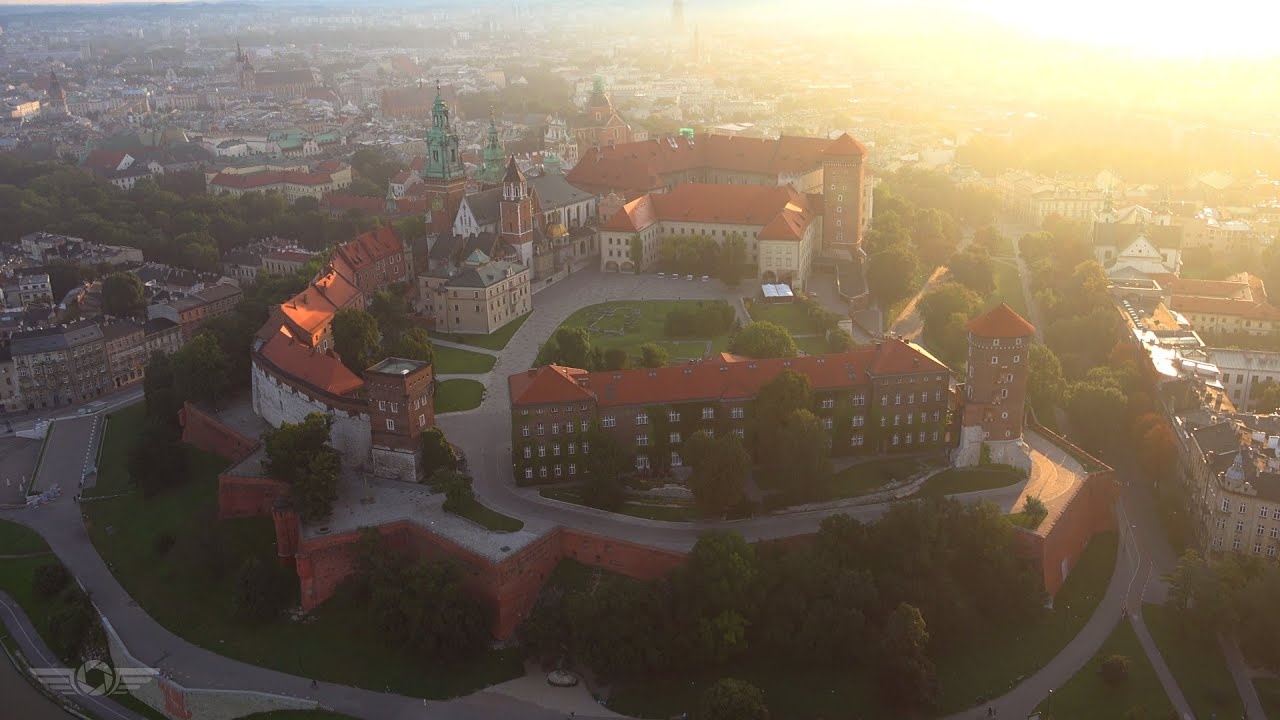 Kraków z lotu ptaka 4k / Cracow from above 4K Poland