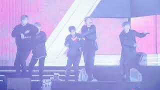 [180406] 스트레이 키즈 (Stray Kids) - ROCK + DISTRICT 9 @Ulsan Show Champion fancam