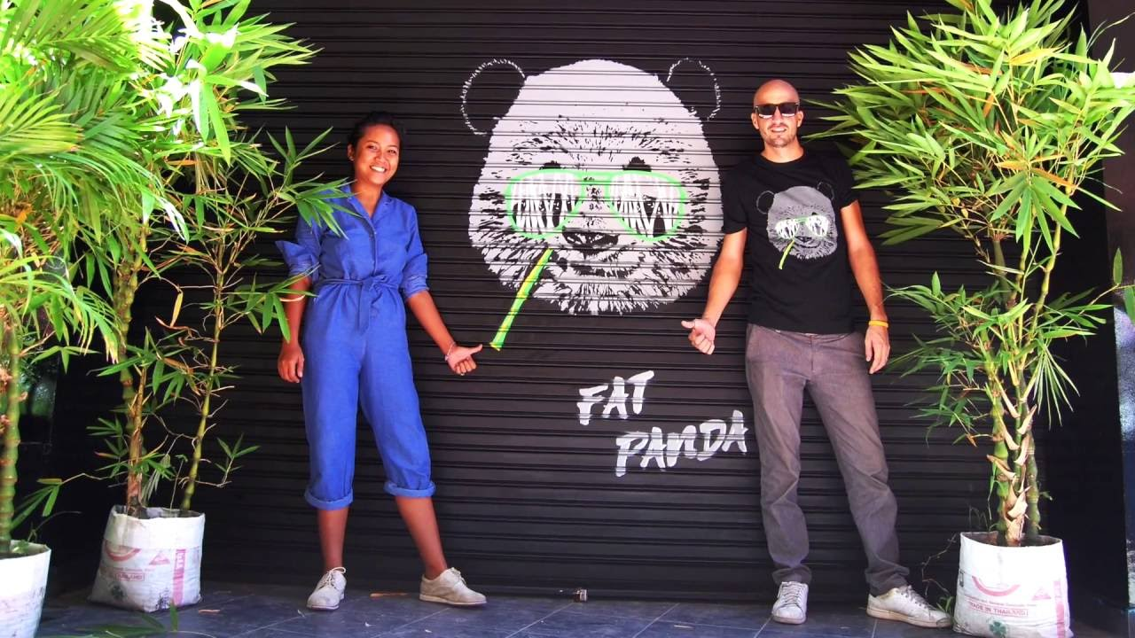 By Grafficil Stencil Graffiti Panda World Map Timelapse
