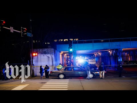 Two Chicago police officers struck, killed by train