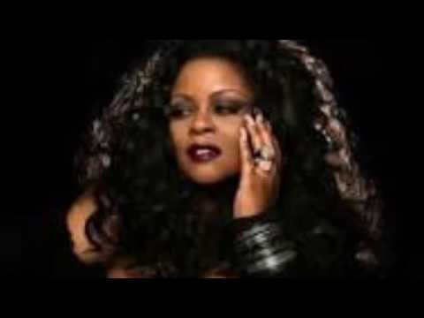 THE INCOMPARABLE MAYSA LEAK     (A CHINNA HOUSE MIX)