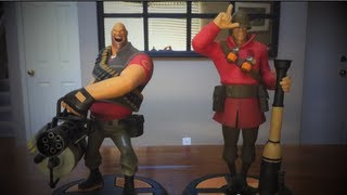 TF2 Red Soldier Exclusive Statue Unboxing by Gaming Heads