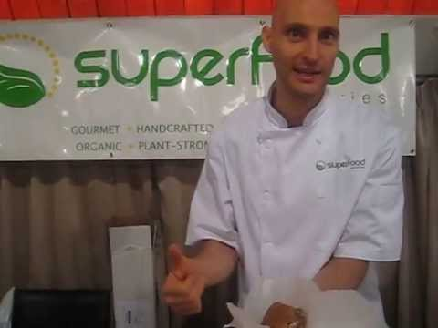 Superfood Eateries @ Toronto Raw Vegan Festival 2013