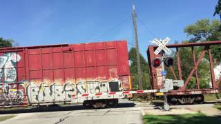 The Grade Crossing Alley of Ohio:  NS 6983 East Lakewood, OH