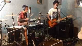 SUPEREGO - NETRAL cover live by TEYE feat Virca Edwin