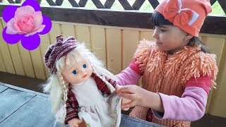 Элина и новая интерактивная кукла Funny Baby Playing with Baby Doll Video for kids Learn colors with