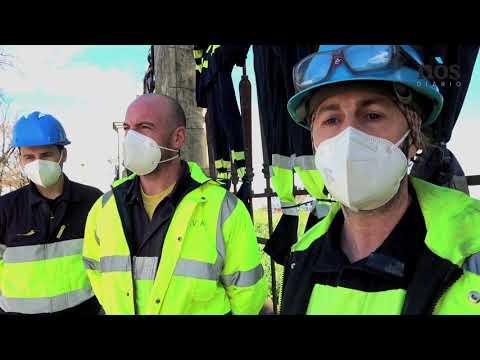 <!--StartFragment-->O cadro de persoal de Navantia e as empregadas das compañías externas que traballan para os estaleiros de Ferrol e Fene fixeron unha acción simbólica pendurando os seus buzos no perímetro do complexo.<!--EndFragment-->