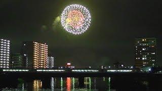 JR常磐線と土浦花火大会2017 花火をバックに行きかう列車 2017-10-7