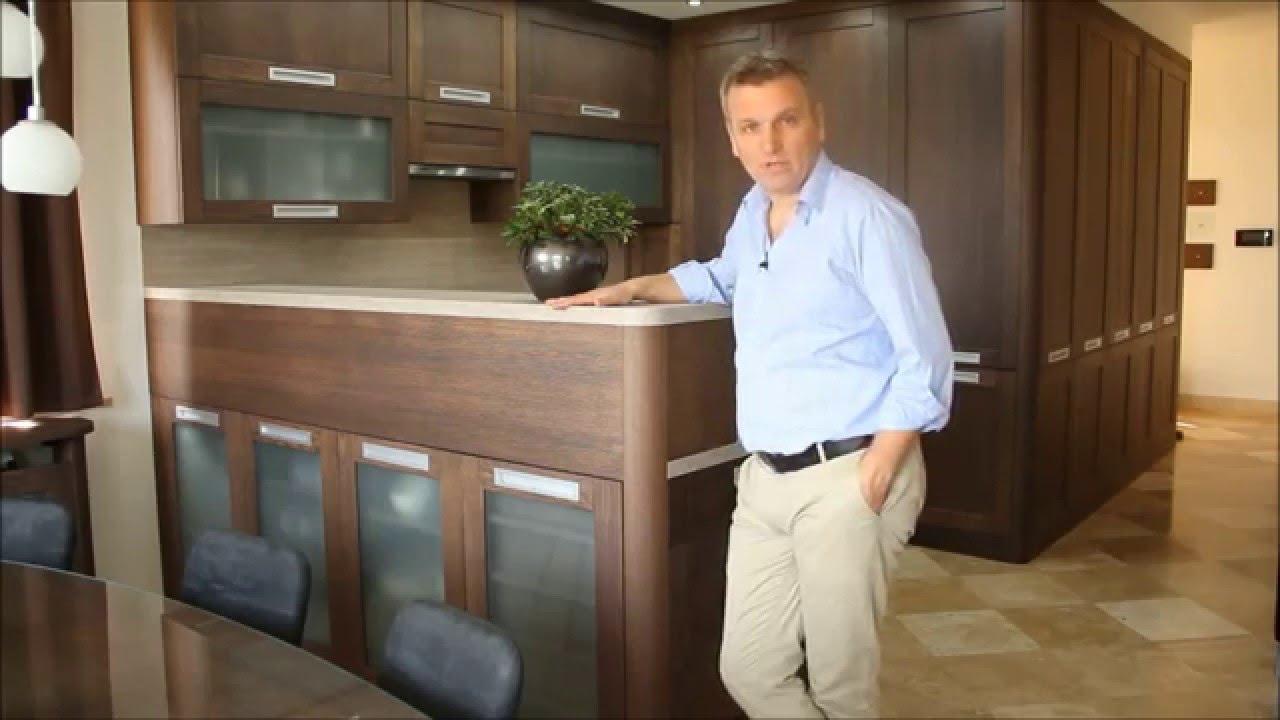Modern konyhabútor ötletek: konyha, nappali és előszoba egy ...