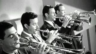 Glenn Miller - Moonlight Serenade (Filme Quero Casar-me Contigo) 1941