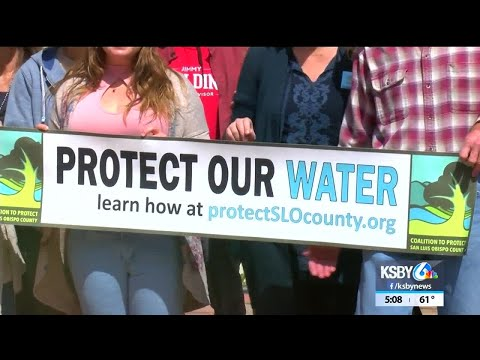 Group turns in signatures for anti-fracking measure in SLO County