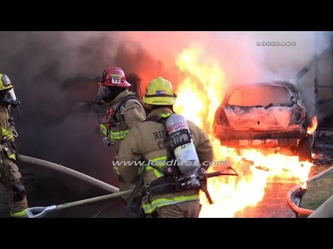 Three People Trapped In House Fire / Riverside  RAW FOOTAGE