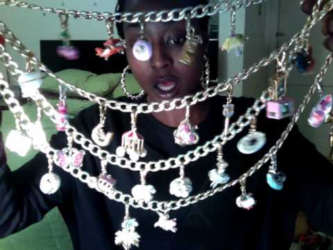 Juicy Couture: EXCLUSIVE LUXE CHARMS NECKLACE!!!!!!!!!!!!