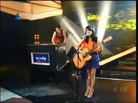 Maudy Ayunda ft Vina Candrawati @IMB   200113 mp4   YouTube