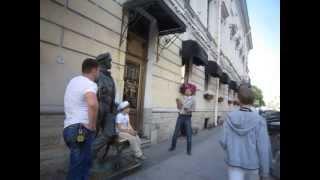 урок жонглирования булыжниками для 2 ух мальчиков и папы 1 06 2013