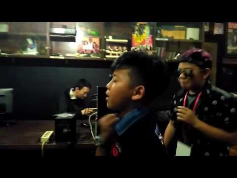 Battle Beatbox Oleh Group Aneh (Haikal,Alde,Jason,Arya)