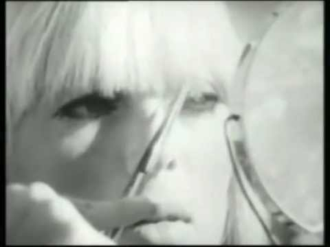 "The Velvet Underground & Nico ""I'll Be Your Mirror"" (Warhol film footage)"