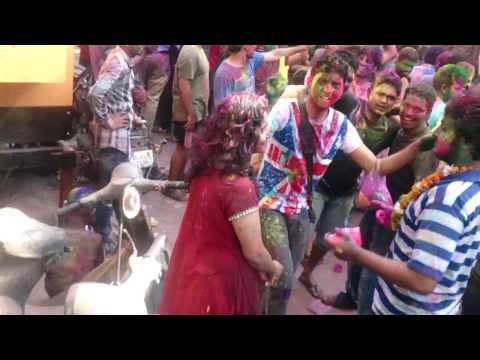 Old Rajendra Nagar DELHI (IAS aspirantes holi celebration)