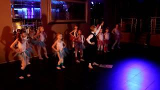 танец в стиле Диско-80-х