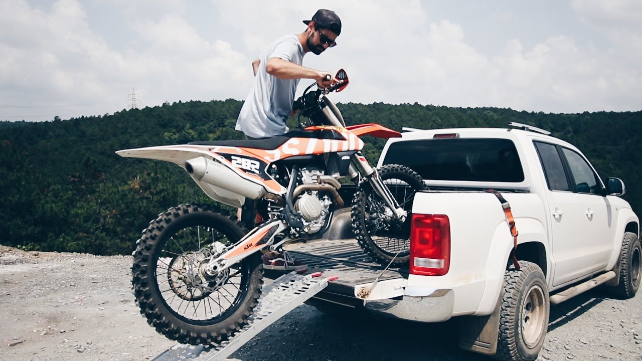 Best Enduro Motorcycle >> Loading / Unloading Dirt Bike - SOLO - YouTube
