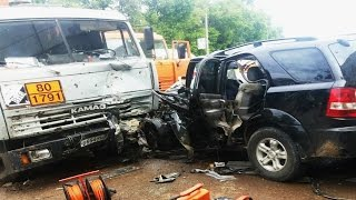 Best truck crashes, truck accident compilation 2015 Part 8