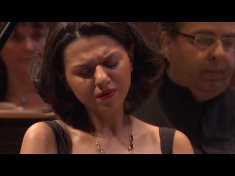 Khatia Buniatishvili - Liszt Piano Concerto no. 2 - L'Orchestre de Paris - Andrey Boreyko