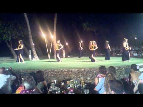 Luau dance hula