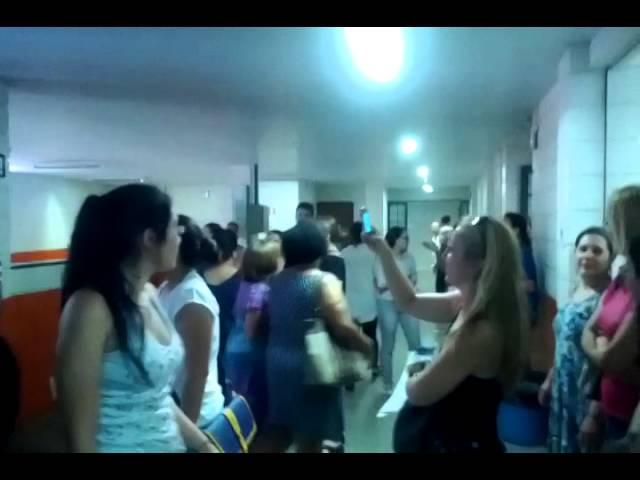Agente de Educação Infantil,desorganização gera tumulto em Campinas parte 1/5