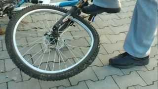 Jak naprawić zepsute koło w lesie - poradnik spryciarze