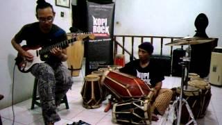 GENDANG SUNDA JOHN ARIF feat GITAR PROGRESSIVE JORDAN title TRAFFIC JAM