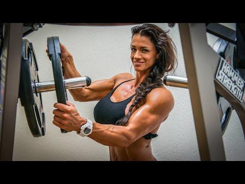 Shoulder Workout | Cindy Landolt | Fitness Training