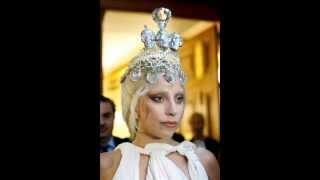 Lady Gaga wearing Kondylatos Jewellery Thumbnail