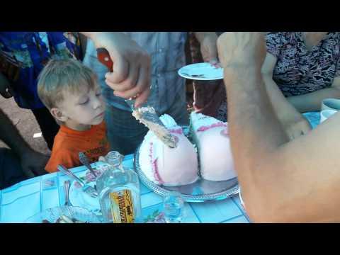 Креативный торт на юбилее