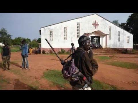 СРОЧНЫЙ ВЫПУСК ! РАССТРЕЛ В #Bangui вооруженные люди напали на церковь Нотр-Дам-де-Фатима