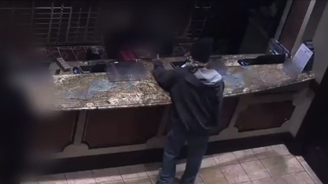 Robbing casino casino pizza gainesville