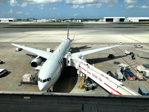 American Airlines Boeing 777 Flight Paris - Miami