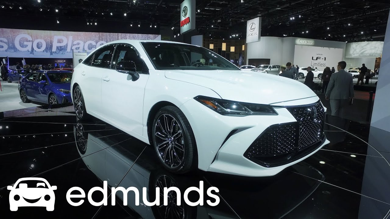 2019 Toyota Avalon First Look Detroit Auto Show