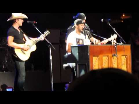 Luke Bryan Randy Dustin Melody of Songs Montage Scranton 7-30-15