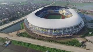 Indonesia has the largest football stadium (Gelora bandung lautan api)