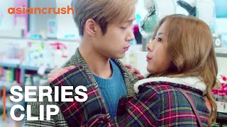 having-a-crush-on-your-roommate-is-awkward-af-korean-web-drama-4-different-houses