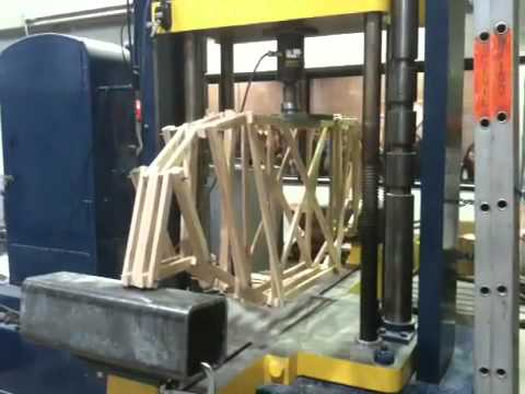 Truss bridge test(civil project)