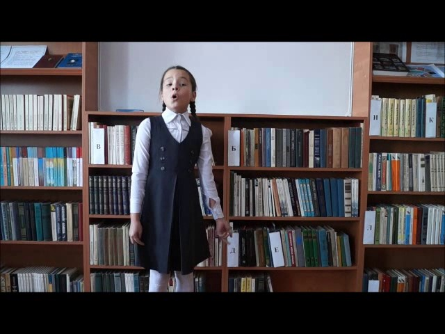 Изображение предпросмотра прочтения – ЛилияМаксимова читает произведение «Любочка» А.Л.Барто