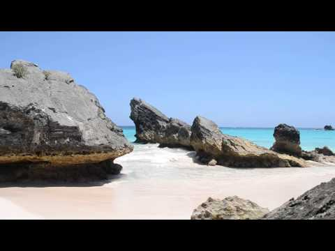 HORSESHOE BEACH BERMUDA (PINK SAND)