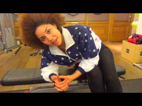 Workout With Me (Kinda)! #JoyVillaShow Live Vlog London