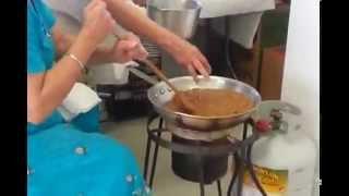 How to do Gurudwara Kadah Prasad. Degh (Wheat Halwa) prepration in Sikh Temple Kitchen