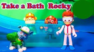 Paw Patrol Take a Bath Rocky in the Cars Car Wash Funny Toy Video