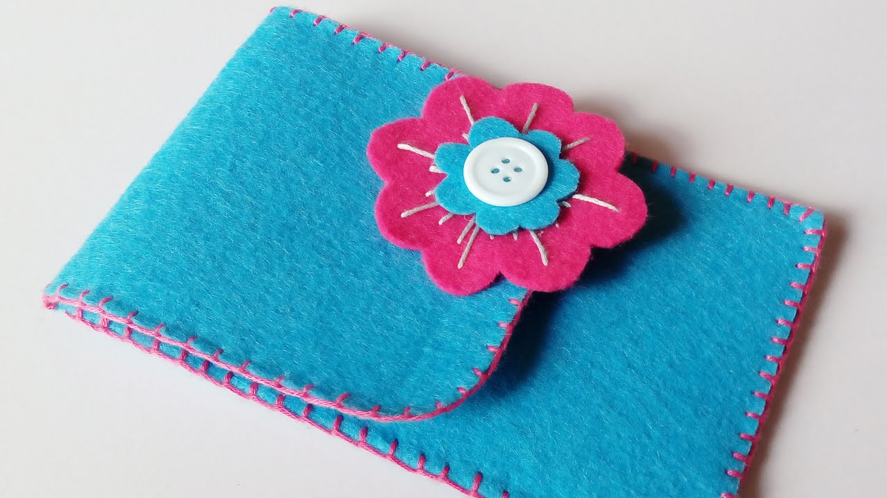 ee2409e50f8c60 How to make phone case | felt cover for smart phone | HandiWorks #46 ...