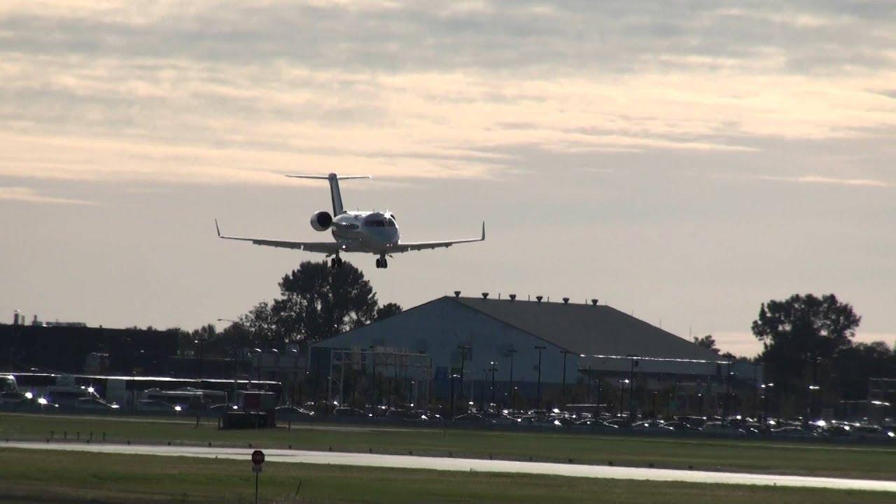 Bombardier Challenger 605 Cl 600 2b16 C Fgil Landing 06r