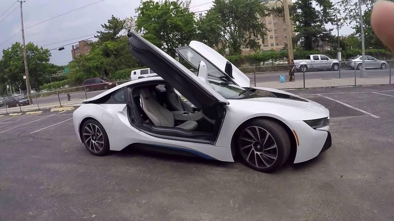 Мини обзор BMW i8 снаружи и внутри. 360 вокруг машины ...