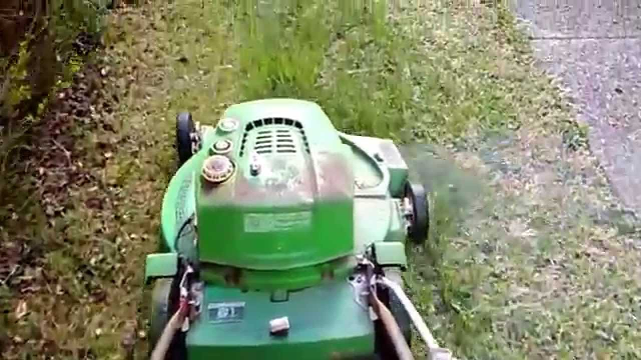 Old 2 Stroke Lawn Boy First Start And Cut